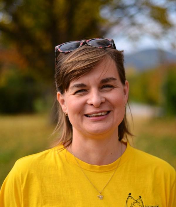 Pavla Fojtíková, předsedkyně, vedoucí centra, sociální pracovnice doprovázení pěstounských rodin